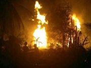 Kebakaran di pengeboran minyak mentah di Kecamatan Ranto Pereulak, Aceh Timur