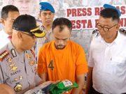 Kurir narkotika jaringan internasional, J alias Jhon yang ditangkap beberapa hari yang lalu