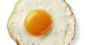 Sehatkah konsumsi telur ceplok tiap hari?