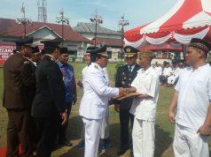 Ratusan narapidana Lapas Kelas II B Pasirpangaraian, Rohul terima remisi HUT ke 73 RI. SK dari Menteri Hukum dan HAM diserahkan Bupati H.Sukiman.