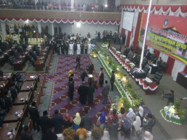 Prosesi pelantikan pimpinan DPRD Provinsi Kepri